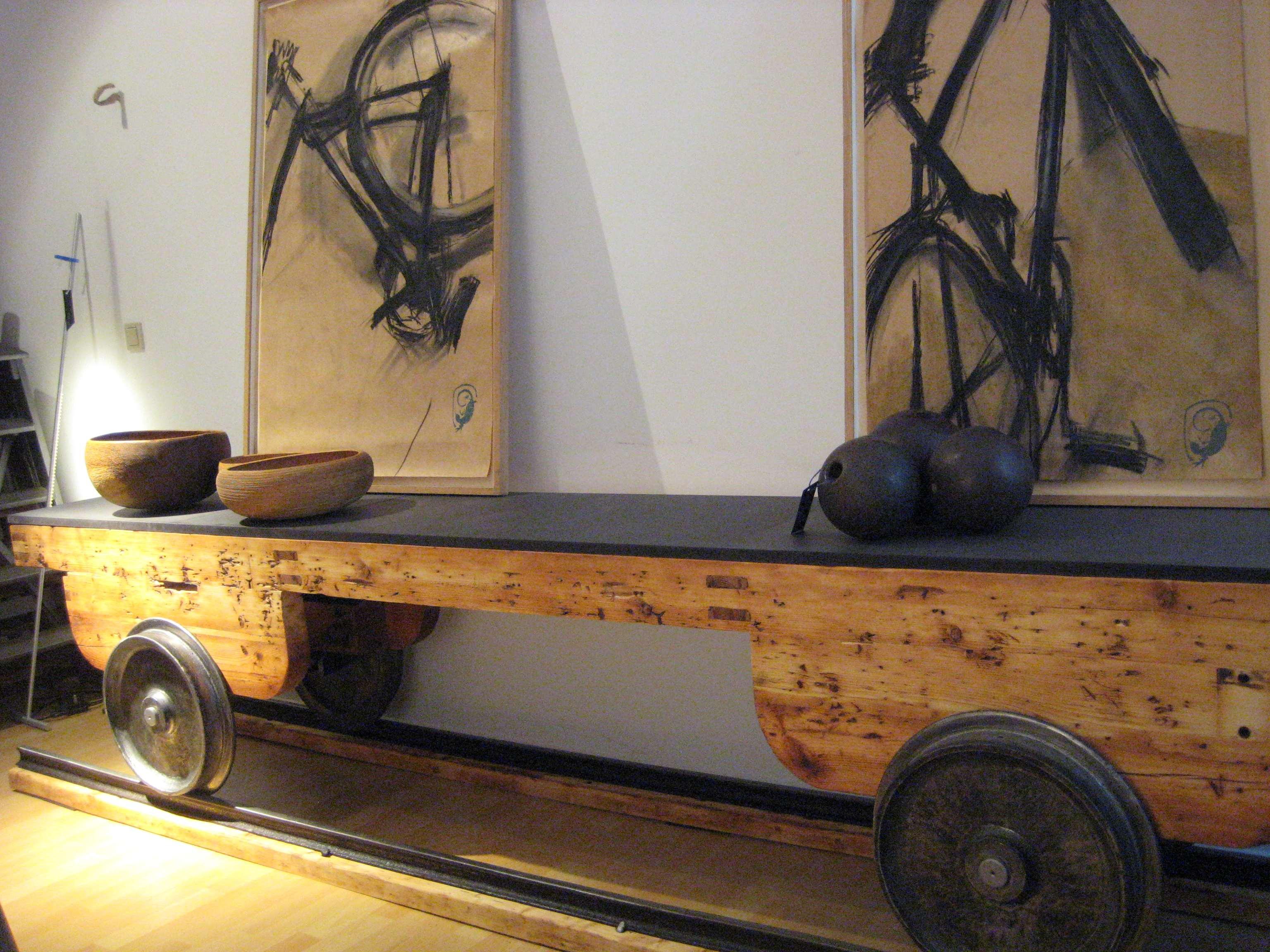 sideboard mit deko kopie strandgut. Black Bedroom Furniture Sets. Home Design Ideas